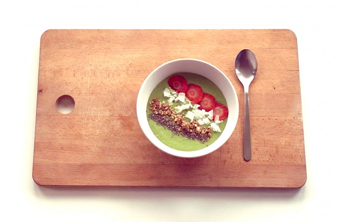 Easy Green Smoothie Bowl